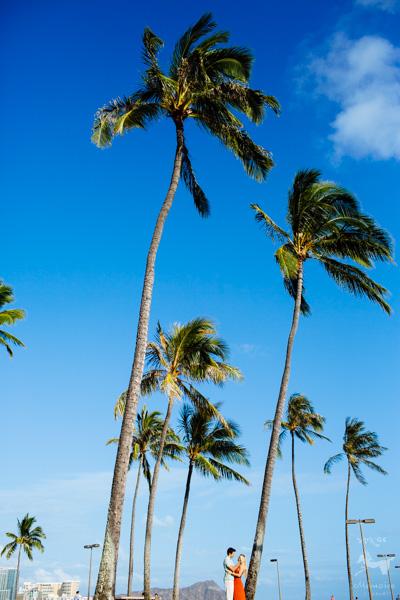 Hawaii Waikiki Engagement Session